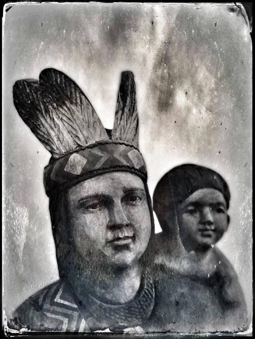 Wooden Indian: Mother with child
